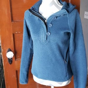The Northface Pull Over Hoodie Size Small